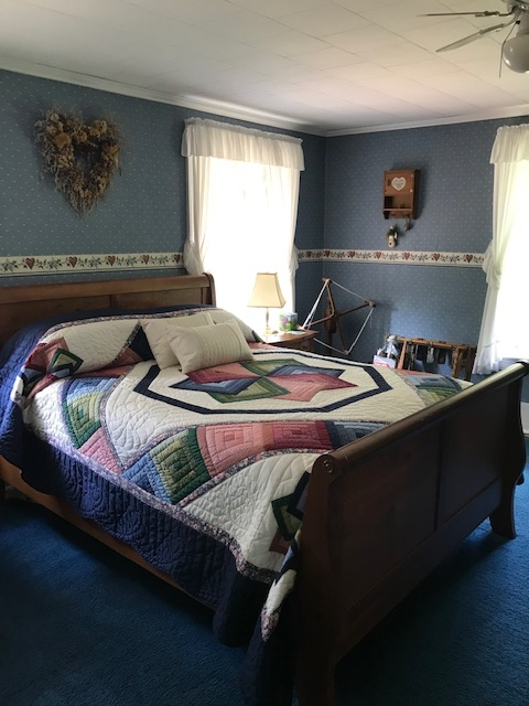 Country Comforts B&B - The Country Room